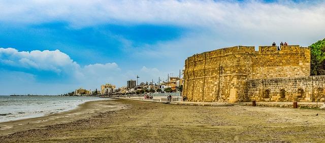 Larnaka tengerparti erődje